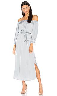 Платье со спущенными плечами - Bardot