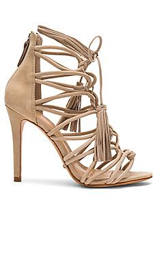 Туфли на каблуке valquis - Schutz