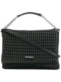фактурная сумка на плечо Emporio Armani