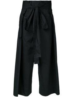 укороченные брюки с присборенной талией Demoo Parkchoonmoo