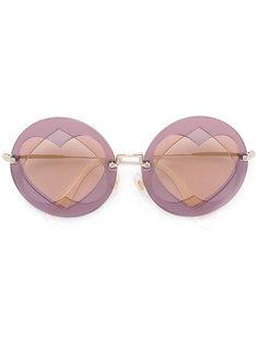 солнцезащитные очки с отделкой в виде сердец Miu Miu Eyewear