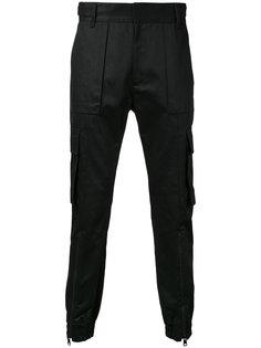 брюки с карманами Juun.J