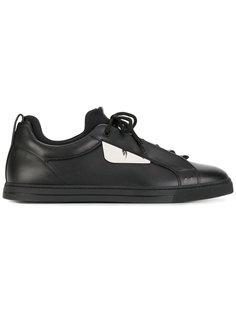 кроссовки на шнуровке с металлической деталью Fendi