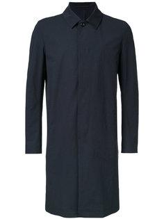 top-button coat Attachment