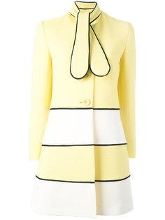 пальто с завязками на шее Boutique Moschino