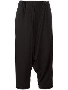 укороченные брюки Issey Miyake