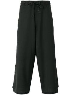 укороченные многослойные брюки D.Gnak