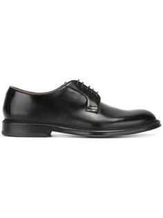 ботинки-дерби Doucals