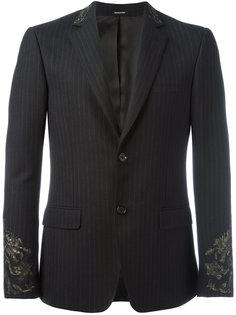 пиджак в тонкую полоску с вышивкой Alexander McQueen