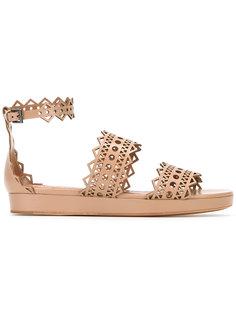 сандалии с перфорированными ремешками Alaïa