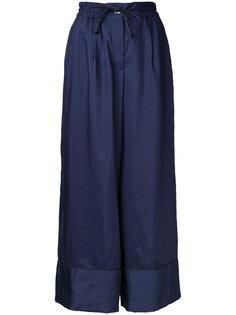брюки-палаццо в тонкую полоску Sacai