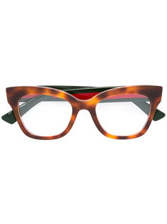 очки с узором черепашьего панциря Gucci Eyewear