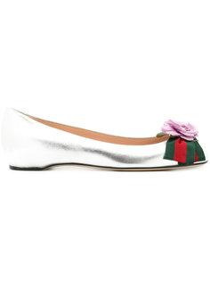 балетки с цветком и фирменной отделкой Gucci