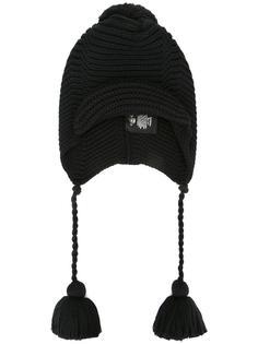шапка с кисточками Gucci