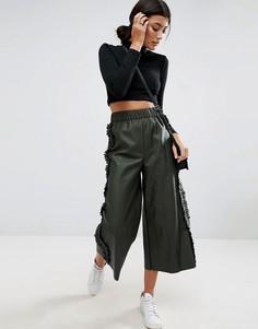 Юбка-брюки из искусственной кожи с оборками по бокам ASOS - Зеленый