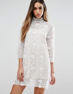 Кружевное платье с высоким воротом Jovonna Table Maner - Белый