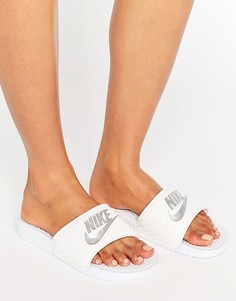 Белые шлепанцы Nike Benassi - Черный