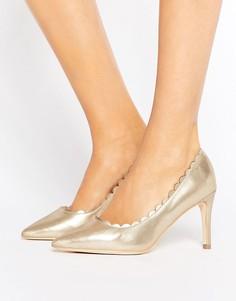 Туфли-лодочки металлик с фигурными краями London Rebel - Золотой
