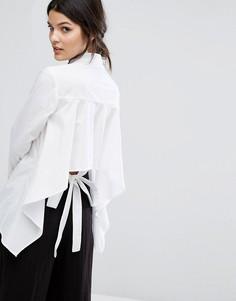 Рубашка бойфренда с открытой спиной и завязкой сзади Neon Rose - Белый