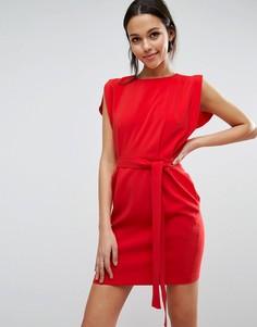 Платье мини с поясом, разрезами на коротких рукавах и юбкой-карандаш ASOS - Красный