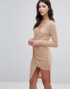 Платье миди в рубчик с глубоким вырезом и запахом Unique 21 - Розовый