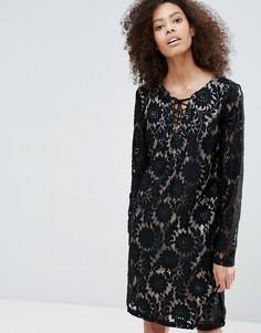 Платье с длинными рукавами и контрастным кружевом B.Young - Черный