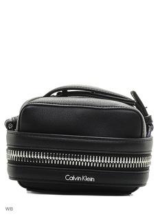 Сумки Calvin Klein