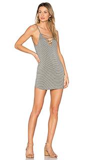 Мини платье с перекрестными шлейками george - Riller & Fount
