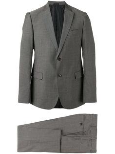 строгий костюм Armani Collezioni