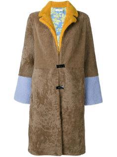 пальто с расклешенными рукавами Saks Potts