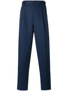 брюки со складками Umit Benan