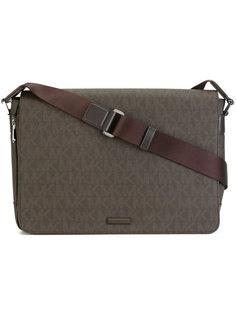 сумка-почтальонка с принтом-логотипом Michael Kors