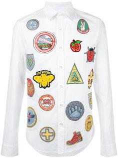 рубашка с нашивками и принтами Love Moschino