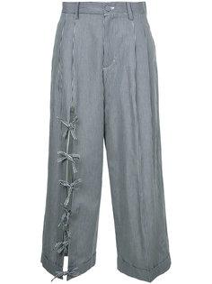 укороченные брюки с завязками Facetasm