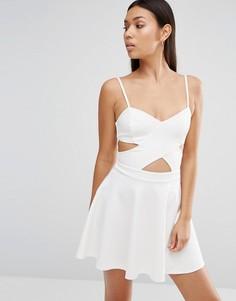 Приталенное платье с вырезами Wyldr In Love - Кремовый