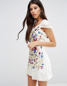 Платье Virgos Lounge Veronika - Белый