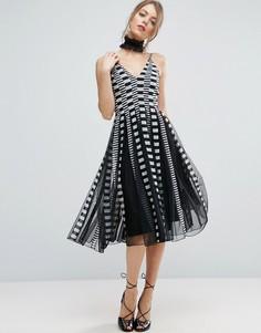 Приталенное платье миди со свободной юбкой из сеточки в полоску ASOS - Мульти