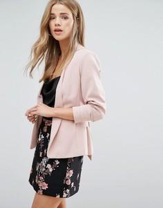 Укороченный пиджак с завязкой спереди New Look - Розовый