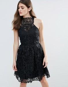Кружевное платье мини с халтером Little Mistress - Черный