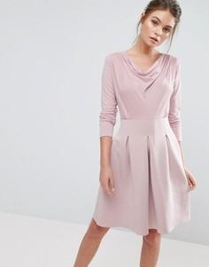 Короткое приталенное платье со складками Closet London - Розовый