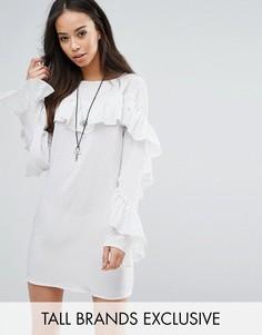 Платье в горошек с оборками Glamorous Tall - Белый