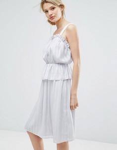 Платье с оборками и бретельками Lost Ink - Серый