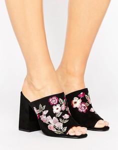 Сабо на каблуке для широкой стопы с вышивкой New Look - Черный