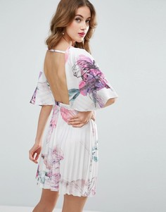 Короткое платье-кимоно с цветочным принтом, кейпом и плиссировкой ASOS - Мульти