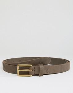 Узкий кожаный ремень с винтажной отделкой ASOS - Коричневый