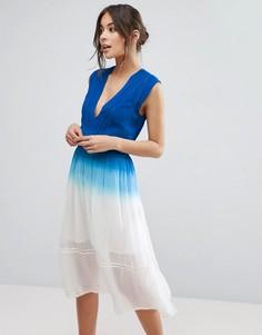 Платье с эффектом омбре Adelyn Rae - Синий
