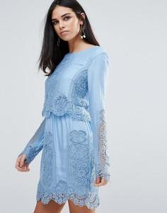 Кружевное платье мини с длинными рукавами The Jetset Diaries Verona - Кремовый