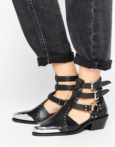 Кожаные ботинки в стиле вестерн с вырезами ASOS ARCTIC - Черный