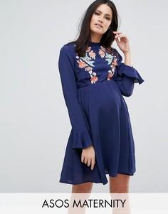 Платье мини с вышивкой и расклешенными рукавами ASOS Maternity - Темно-синий