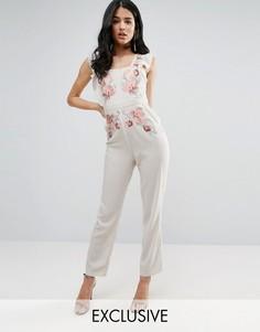 Комбинезон с вышивкой и оборками на рукавах Hope & Ivy - Белый